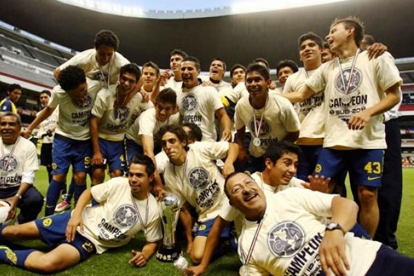 Apertura_2010